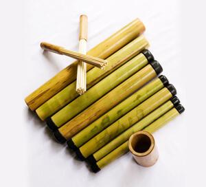 bambusy_masaz_bambusami